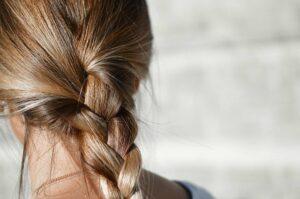 Bienfaits du pollen sur les cheveux
